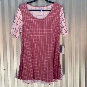 NWT Lularoe Print Perfect Tee Shirt Size Large